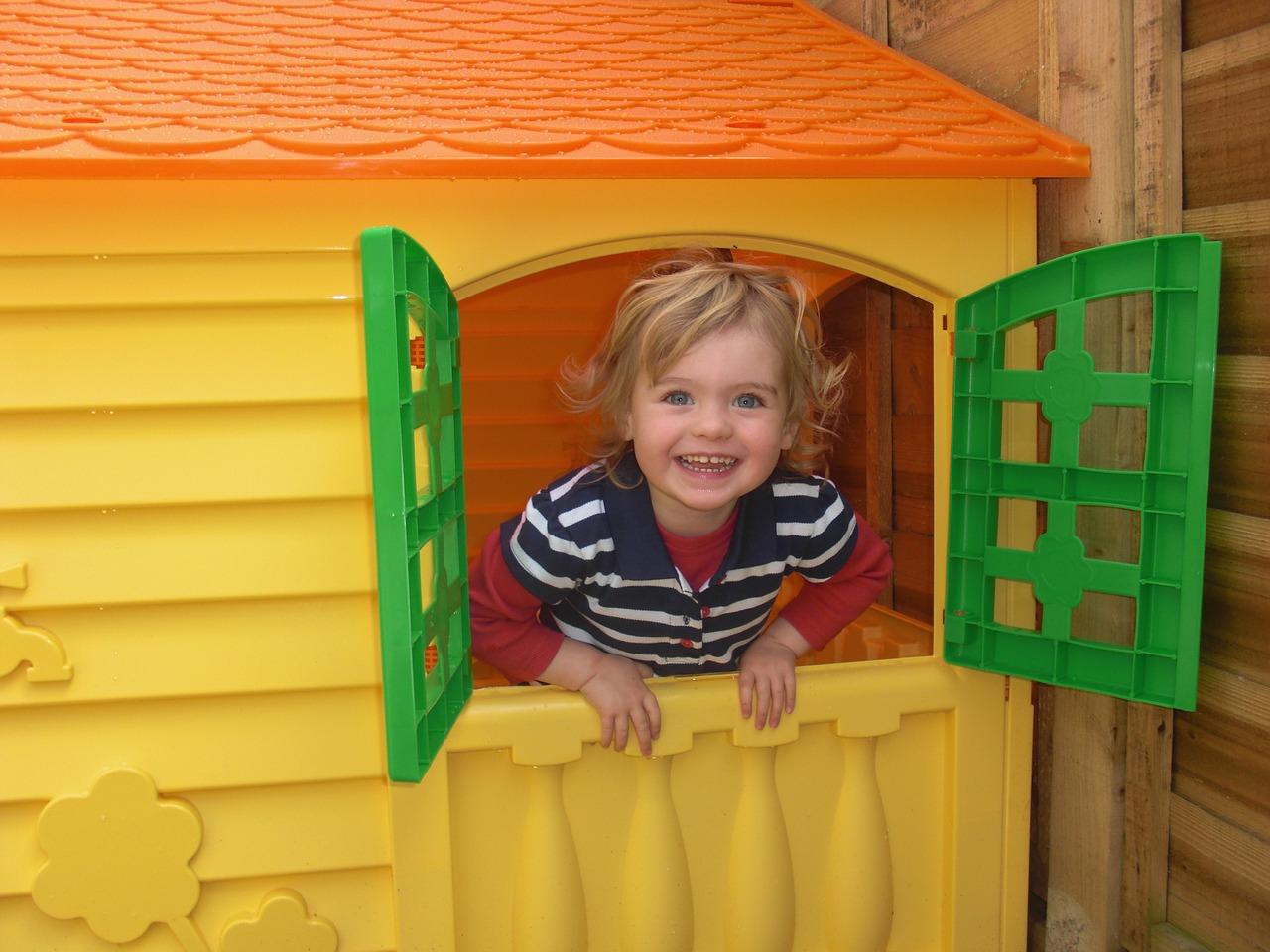 Spielhaus Bild