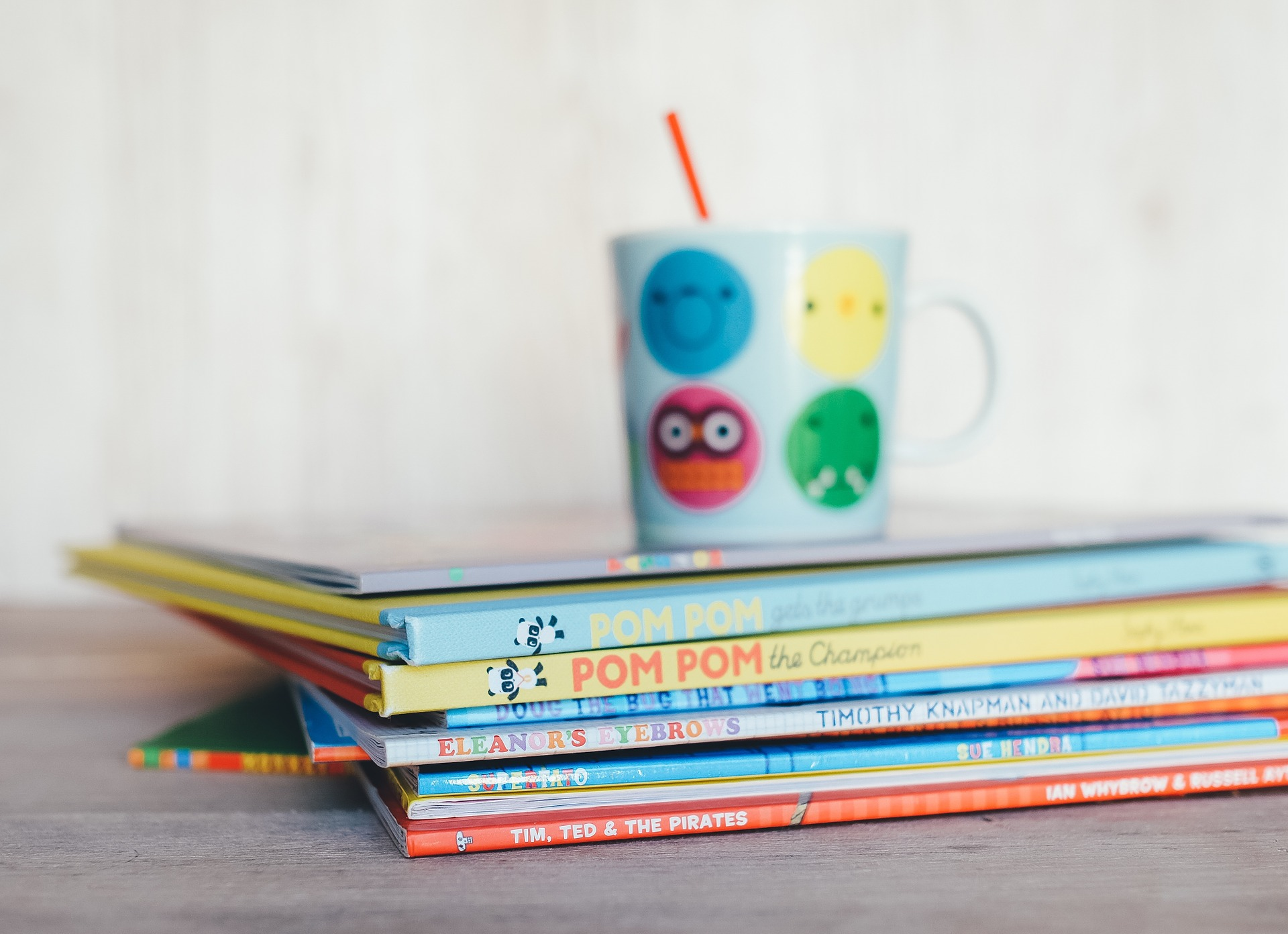 childrens-books-1246675_1920