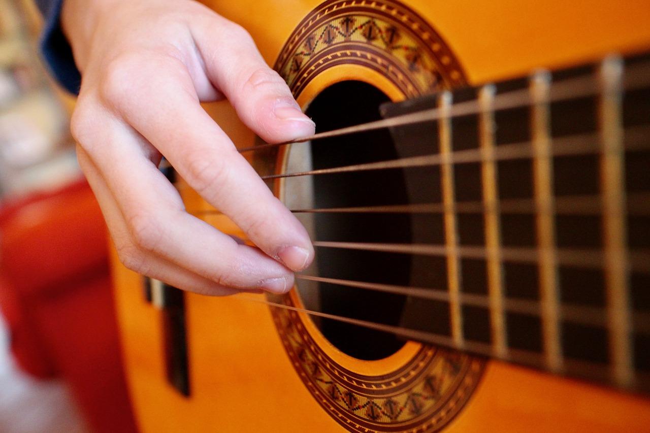 guitar-1990137_1280
